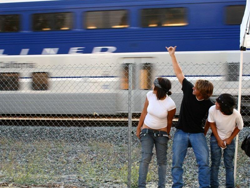 Mostrando a bunda para o Amtrak